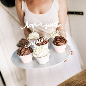 feest-artikelen-cupcake-wrappers-pastel-gold