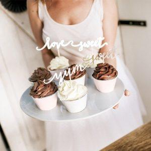 feest-artikelen-cupcake-wrappers-pastel-gold