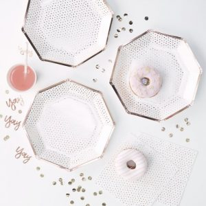 feestartikelen-papieren-bordjes-spotty-rose-goud
