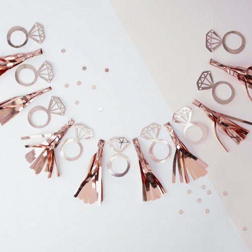 team-bride-ring-tasselslinger