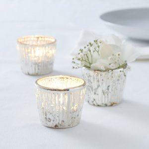 bruiloft-decoratie-waxinelichthouder-ribbed-frosted-zilver-2