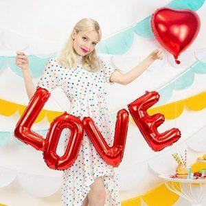 feestartikelen-folieballonslinger-love-rood-3