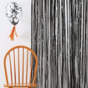 halloween-decoratie-backdrop-black-foil