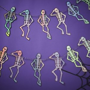 halloween-decoratie-slinger-iridescent-skeleton-creep-it-real
