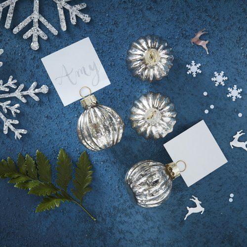 kerstversiering-plaatskaarthouders-kerstbal-zilver-christmas-night-2