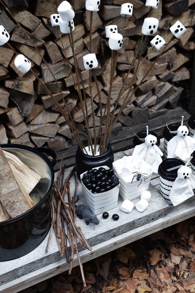 halloween-hapjes-spooky-marshmallows