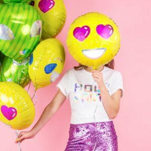 feestartikelen-folieballon-smiley-heart-eyes-2