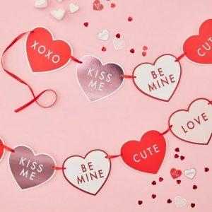 feestartikelen-hartjesslinger-be-my-valentine-2
