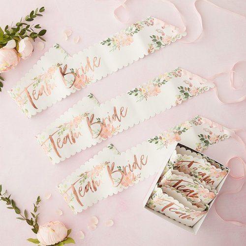 vrijgezellenfeest-decoratie-floral-hen-sjerpen-team-bride (2)