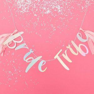 vrijgezellenfeest-decoratie-slinger-iridescent-bride-tribe (2)