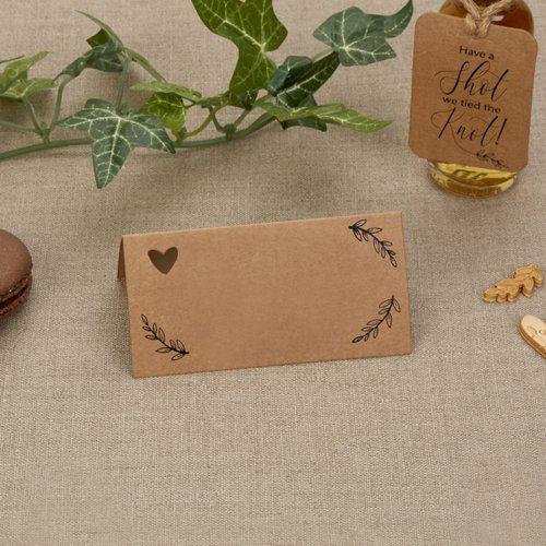 bruiloft-decoratie-plaatskaartjes-hearts-krafts