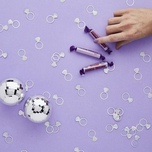 feestartikelen-confetti-diomand-ring-bride-squad-2