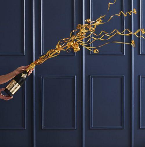 oud-en-nieuw-versiering-confetti-kanon-champagne-bottle-pop-the-bubbly-2