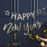 oud-en-nieuw-versiering-slinger-happy-new-year-gold-glitter-pop-the-bubbly-2