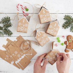 kerstversiering-adventsdoosjes-gingerbread-house-let-it-snow-2.jpg