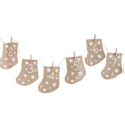 kerstversiering-adventskalender-hessian-stockings-let-it-snow.jpg