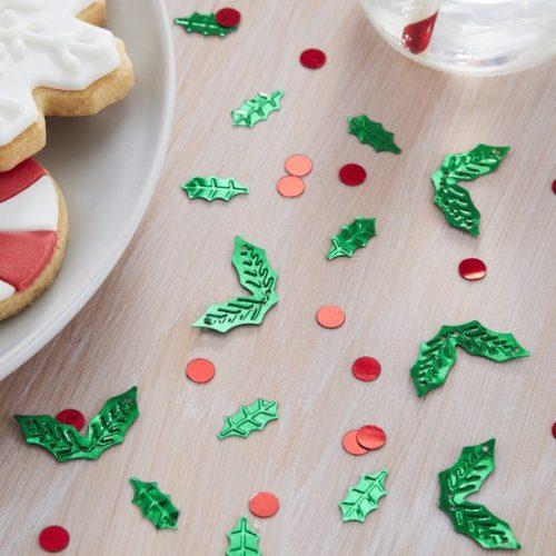 kerstversiering-confetti-holly-shaped-silly-santa.jpg