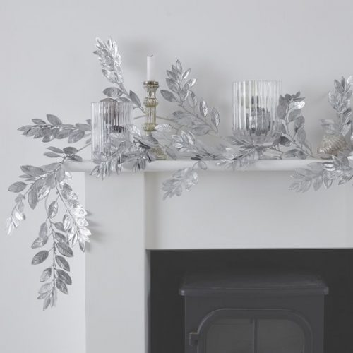 kerstversiering-zilveren-foliage-guirlande-silver-glitter.jpg