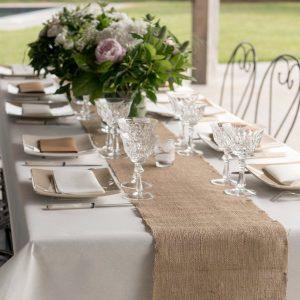 feestartikelen-juten-tafelloper-2