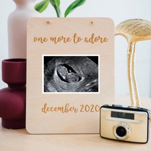 kraamcadeau-houten-zwangerschapsaankondiging-rechthoek-gepersonaliseerd-4
