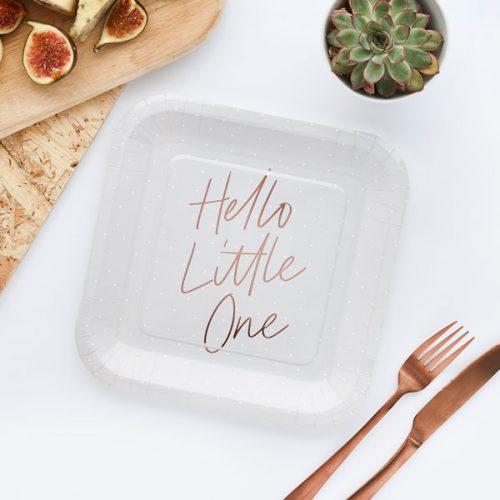 babyshower-versiering-papieren-bordjes-hello-little-one