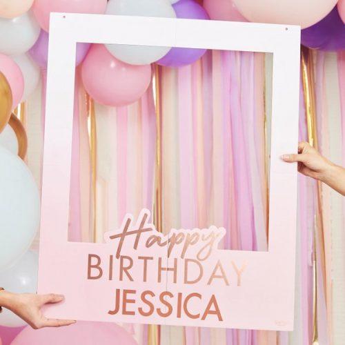 feestartikelen-photobooth-frame-happy-birthay-mix-it-up-pastel-gepersonaliseerd-2
