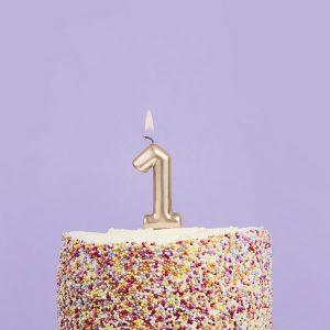 feestartikelen-taartkaars-goud-cijfer-1