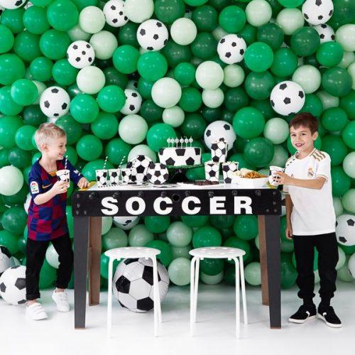 kinderfeestje-versiering-papieren-bekertjes-voetbal-black-white-3