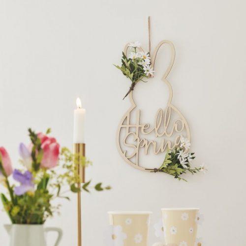 paasdecoratie-houten-krans-hello-spring-daisy-crazy-3