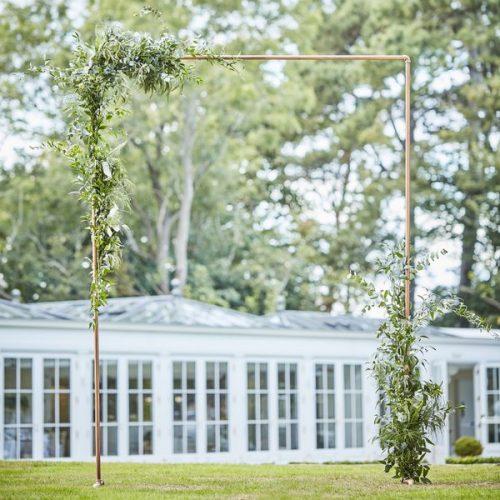 feestartikelen-backdrop-standaard-koper-botanical-wedding-3.jpg
