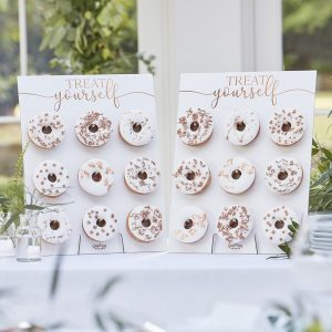feestartikelen-donut-wall-botanical-wedding-2.jpg