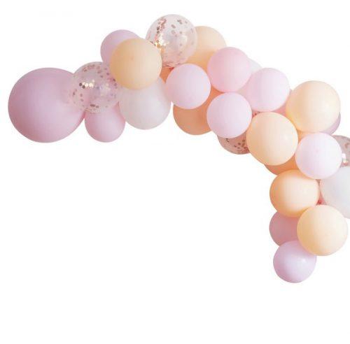 vrijgezellenfeest-versiering-ballonnenboog-blush-hen.jpg
