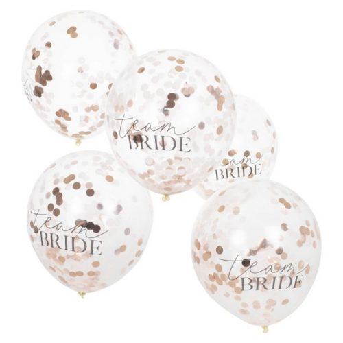 vrijgezellenfeest-versiering-confetti-ballonnen-blush-hen.jpg