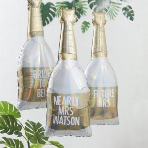vrijgezellenfeest-versiering-folieballonnen-champagnefles-botanical-hen-gepersonaliseerd.jpg