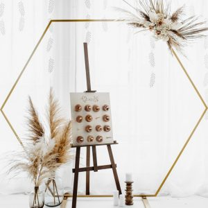 feestartikelen-backdrop-standaard-hexagon-gold-2