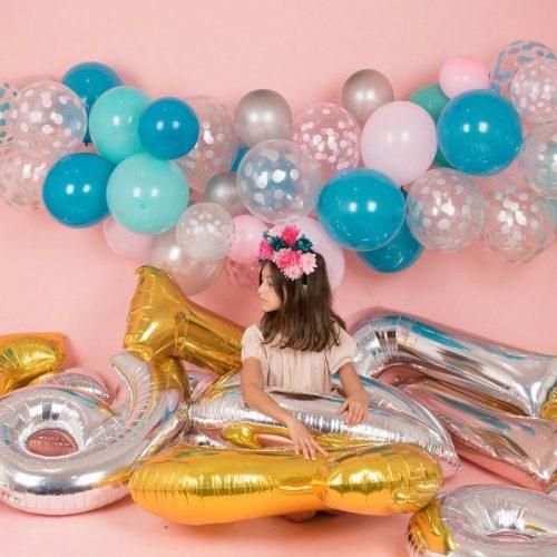 feestartikelen-ballonnen-met-confetti-print-zilver