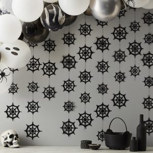 halloween-decoratie-backdrop-cobweb-a-party-is-brewing-2