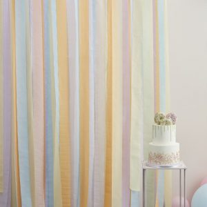 feestartikelen-backdrop-large-streamers-pastel-mix-it-up