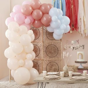 feestartikelen-ballonnenboog-peach-pink-blue-happy-everything-2