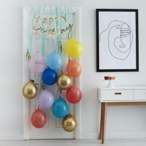 feestartikelen-deurkit-met-ballonnen-happy-birthday-multicoloured-mix-it-up