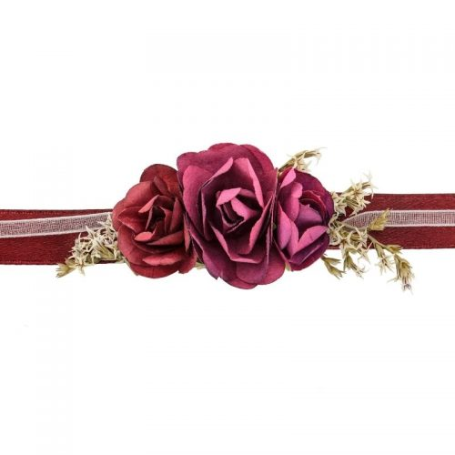 bruiloft-decoratie-polscorsage-bloem-bordeauxrood.jpg
